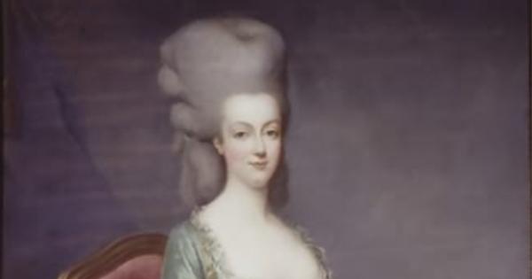 「女性が髪形の高さを競う」「男性が化粧をするのは当たり前」 あまりに異様な18世紀ロココ文化に迫る