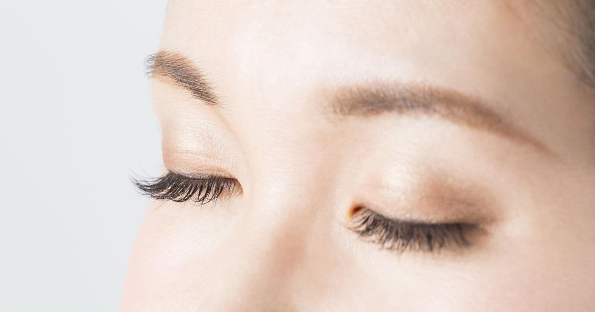 オルソケラトロジーって寝てる間に目がよくなるの?