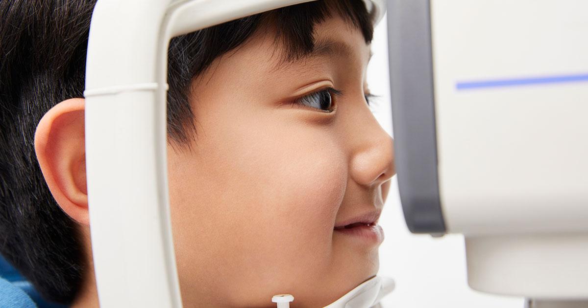 子どもの近視進行を防ぐ簡単な方法とは?
