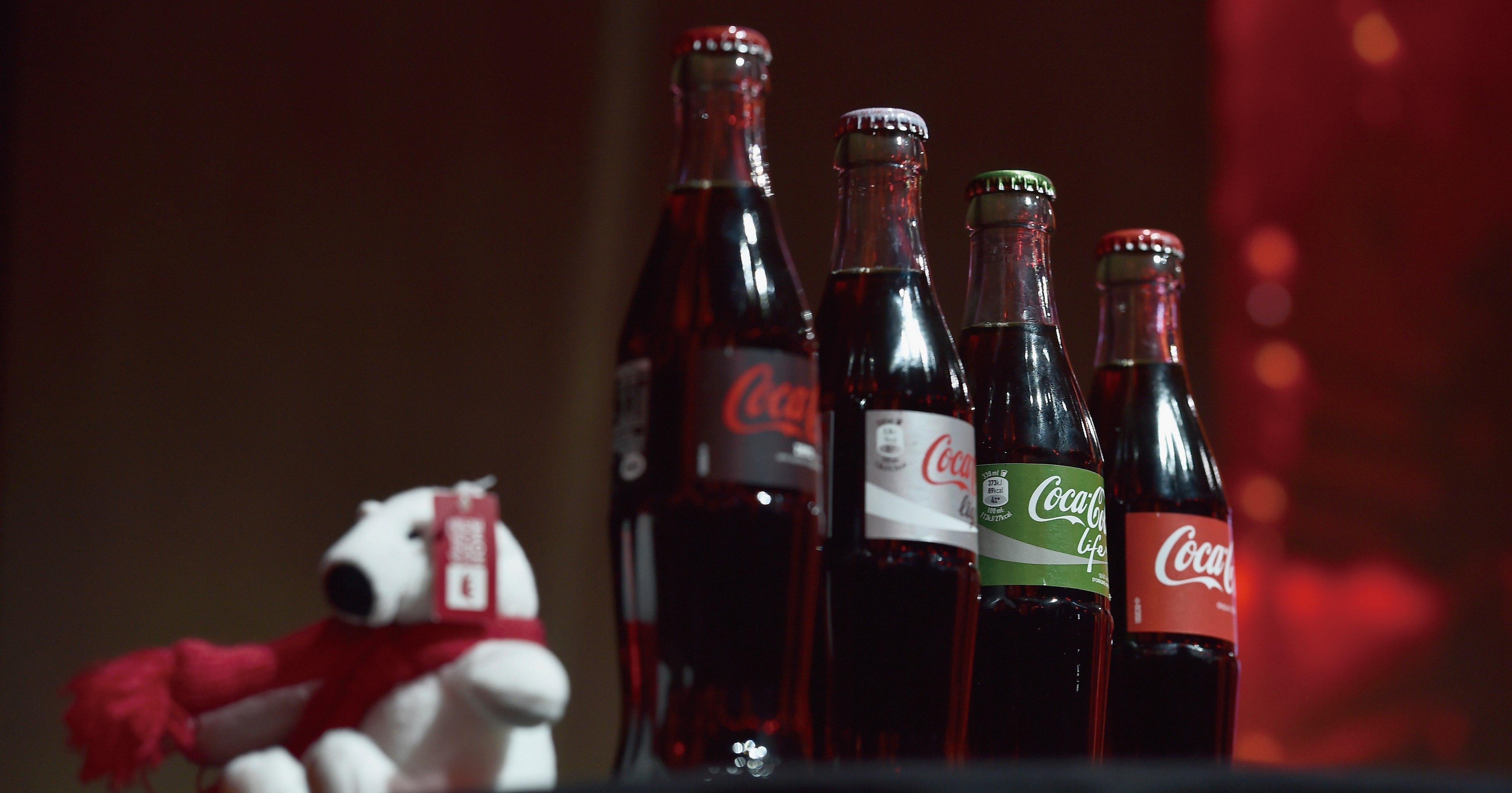 日本コカ・コーラ、ボトラー東西統合に見る限界(上)
