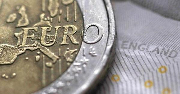 離脱巡る英国債相場上昇に危うさ、物価上昇で反落も