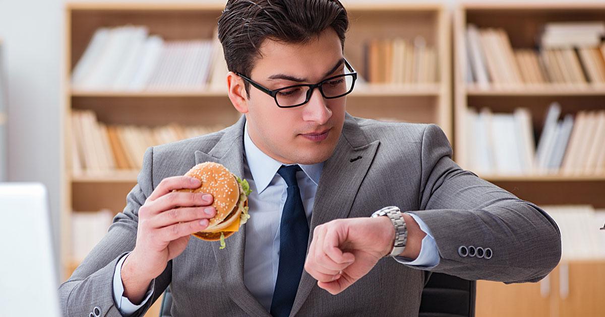 新ダイエット法「1日1~2食で夜は絶食」、米医科大の研究より