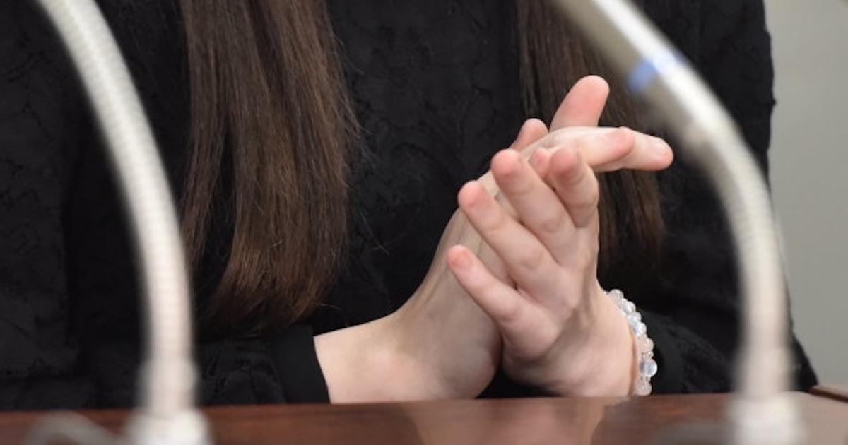 元アイドルの10代女性が告発する「ただ働き」と「脅し」の実態