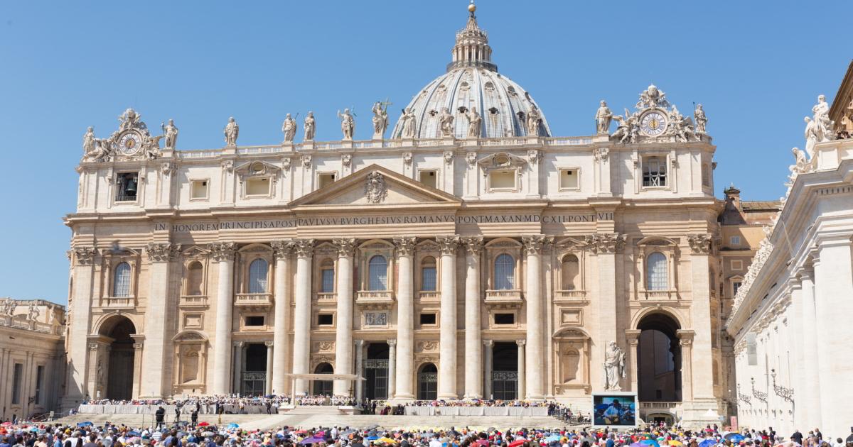 世界一人気の指導者のリーダー術!型破りローマ教皇の「3大スキル」とは?