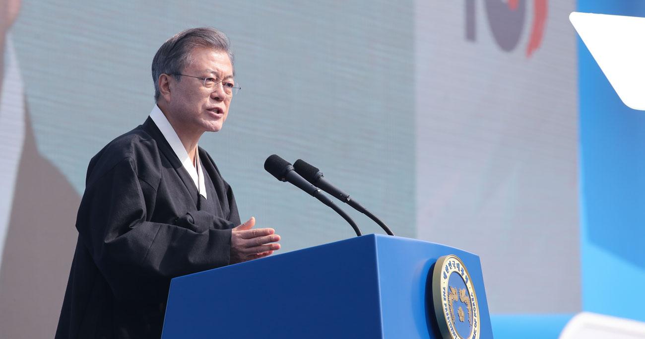 韓国・文大統領が目指す「日韓首脳会談」に日本は応じるべきではない