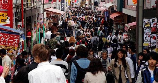 今の景気拡大、人口減主因に消費・設備投資で「いざなぎ」に大差