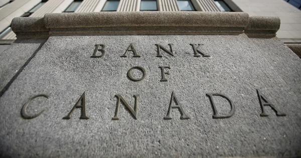 バブル懸念する主要中銀、手本にすべきはカナダか