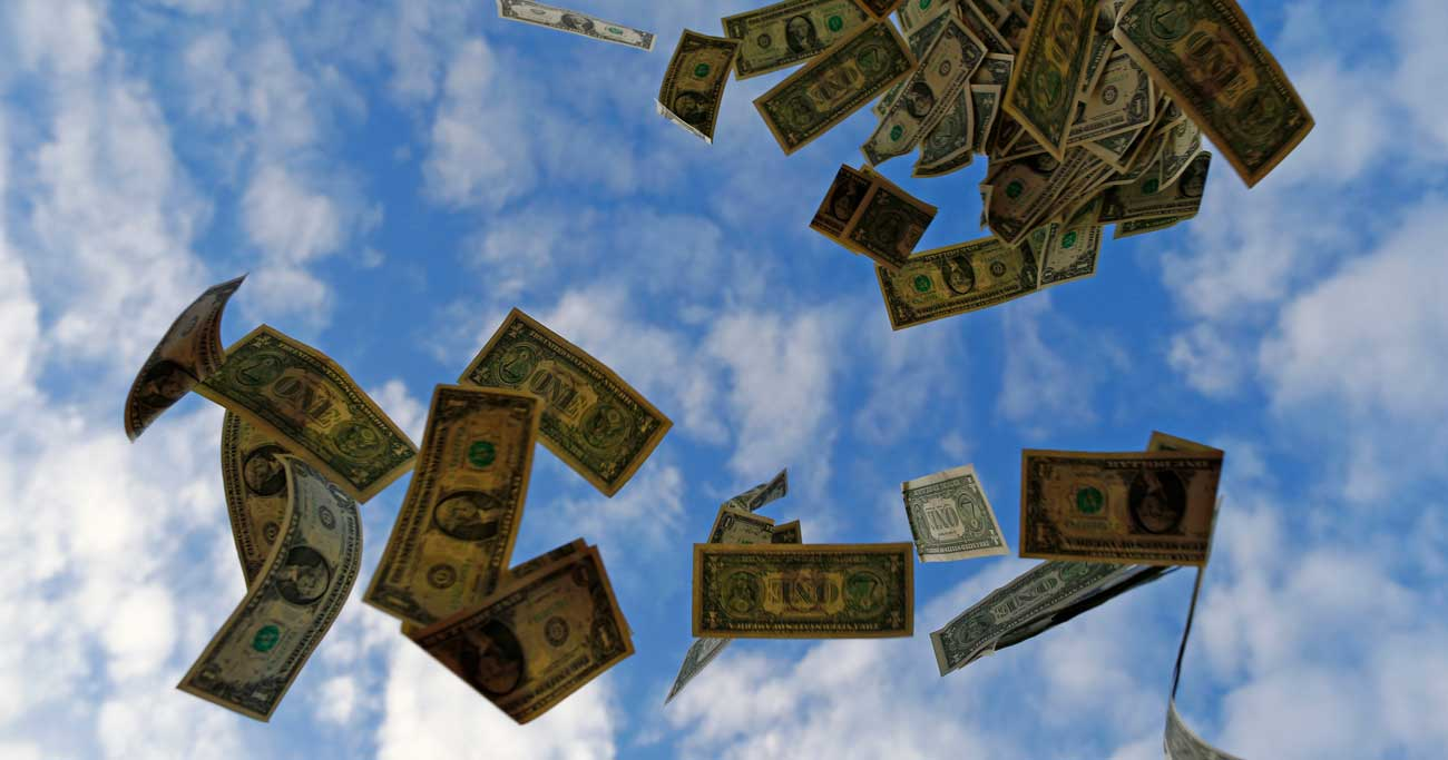 財政拡大理論「MMT」、理想の地は日本か