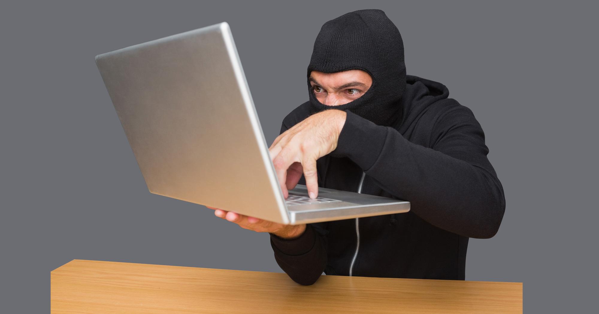 最新サイバー犯罪の手口は、意外にもローテクだ