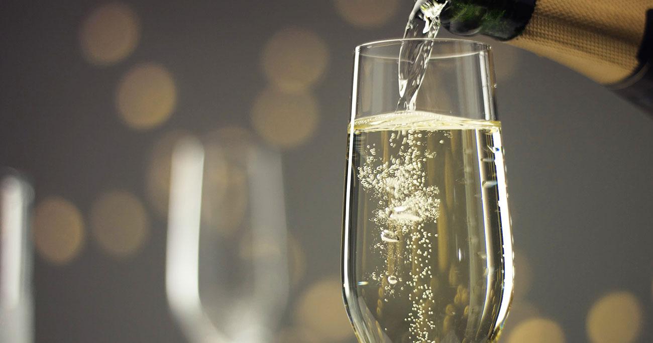 ラッパー御用達の高級シャンパンが、突如、ヒップホップ業界から干されたワケ