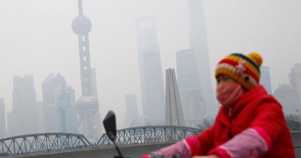 大気汚染まん延する中国、データ公開めぐるジレンマ