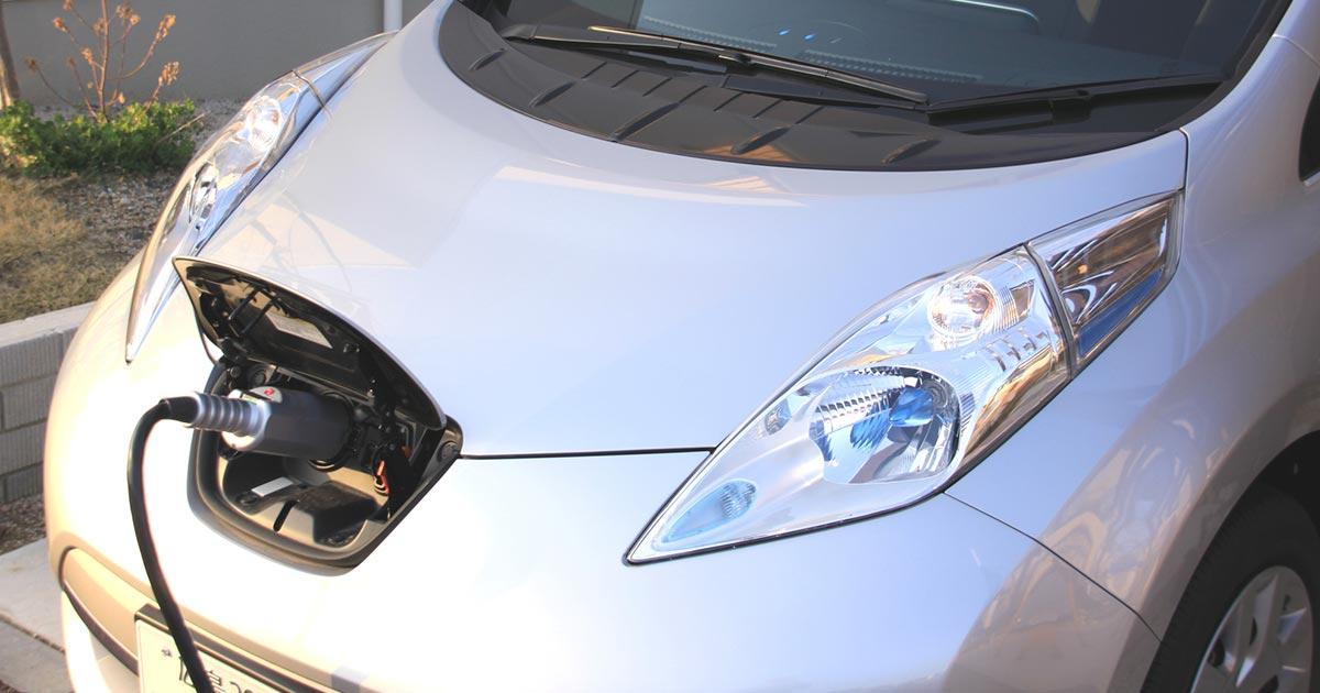 EVを軽視する日本の自動車産業は「ゆでガエル死」する