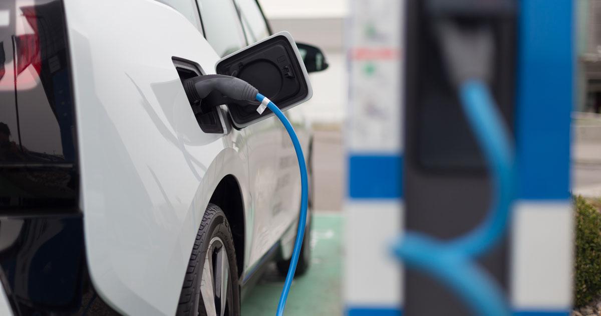 中国発のEV化で日本の自動車産業は電機の二の舞にならないか
