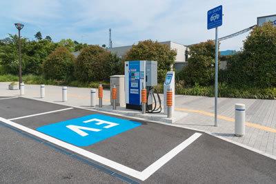 電気自動車(EV)向け充電システムCHAdeMO(チャデモ)