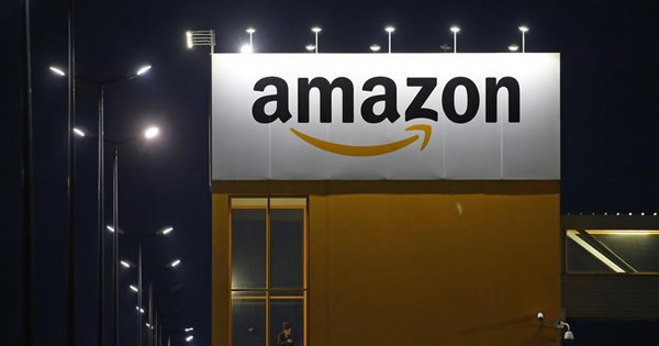 至る所にアマゾンの影、米企業が避けて通れぬ懸案に
