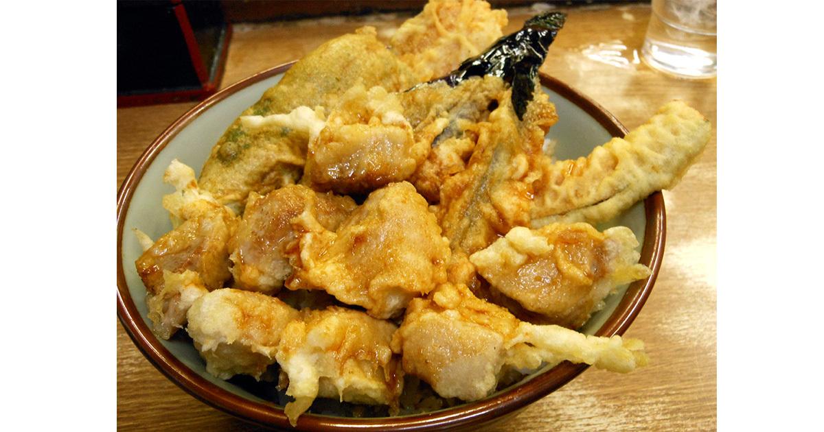 旨い、安い、デカい! 粋な横浜橋通商店街の元気な天丼屋が、味と値段だけでなく、何よりも量にこだわる理由