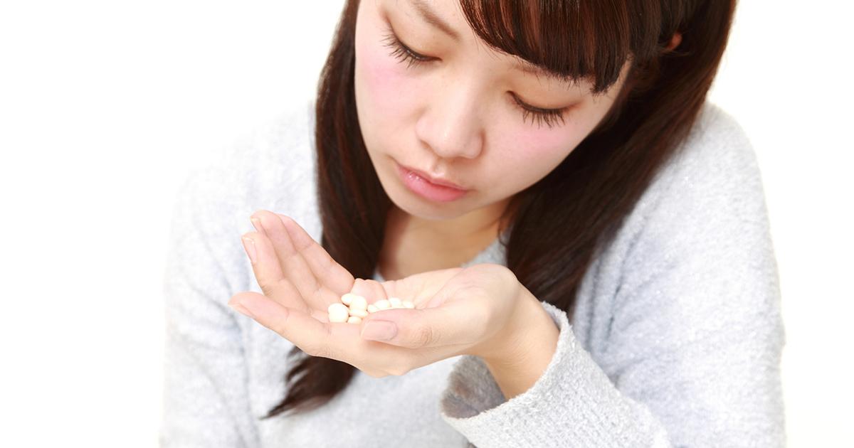 不眠症や肩こりで処方「ベンゾ系薬剤」に常用量で薬物依存の危険