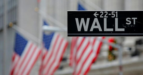 政治的ノイズに無関心、市場ボラティリティ停滞の理由