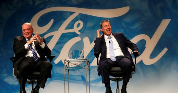 トップ交代の米フォード、株価回復は不透明