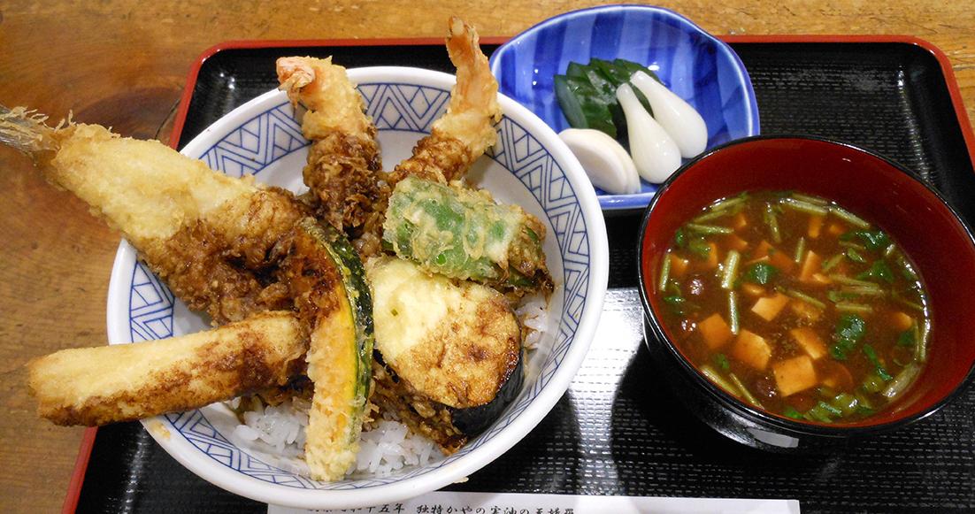 神田・淡路町で、今や希少価値となりつつある庶民のための「天ぷら専門店」の心意気に出会う