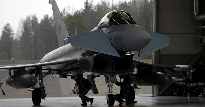 英独伊西の4ヵ国が共同開発した「ユーロファイター・タイフーン」戦闘機