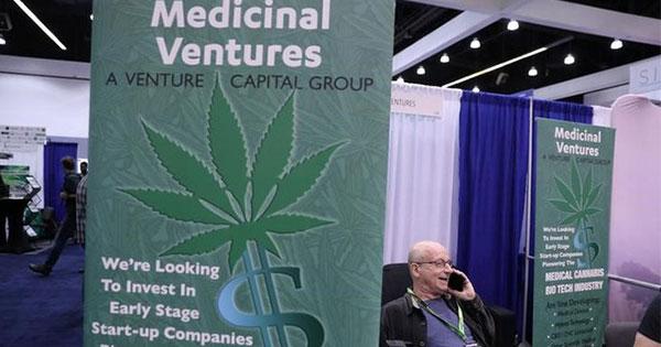 禁断の大麻ビジネス、膨らむ商機に転身するエリートたち