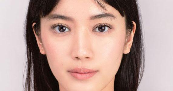 一重、奥二重の人にも似合う!アジア人の目を美しく見せるアイシャドウの入れ方
