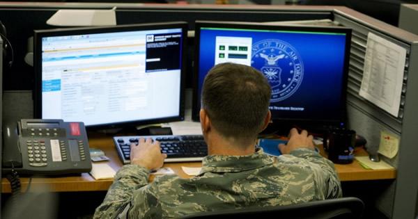 米当局が個人監視対象を拡大、新たに国内出身過激主義者