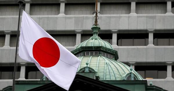 政府・日銀、米利上げ評価 国内景気支援で刺激的政策を継続