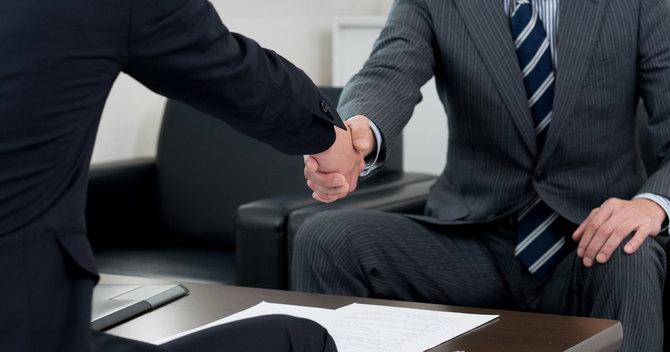 どんなに緊張やプレッシャーを感じても商談やプレゼンを成功させる人がいる(