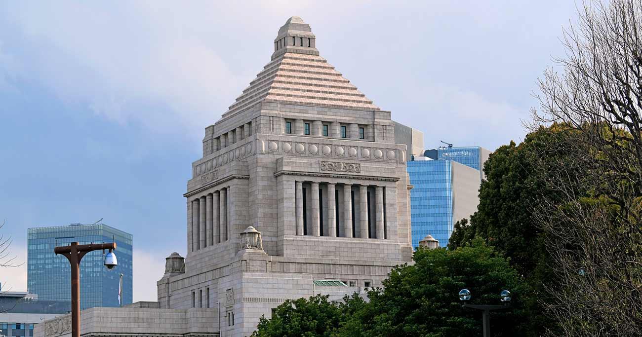 """「老後2000万円不足」問題を""""政争の具""""にする無意味"""