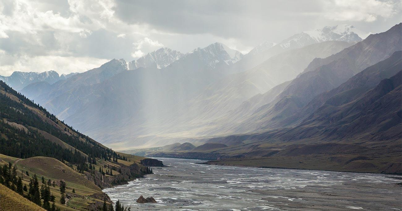 中国で体験した凄まじい気候変動の前触れ「雨前線の移動」とは