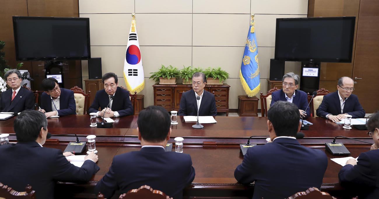 韓国文政権の「親北暴走」が止まらない、理性なきGSOMIA破棄を元駐韓大使が解説