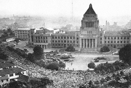 まるで今と同じ!?今こそ知っておきたい1960年の安保闘争とデモの結末