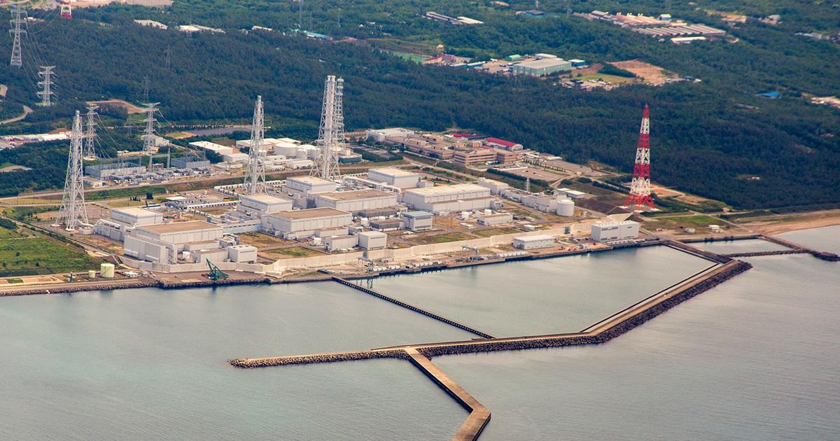 東電の柏崎刈羽原子力発電所。櫻井雅浩・柏崎市長は、6、7号機再稼働承認の条件として、1〜5号機の廃炉計画