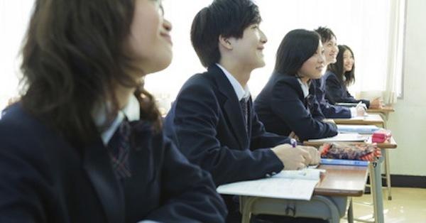 IT業界出身で福島の高校副校長に転身した異色若手官僚の情熱