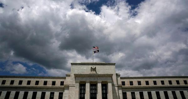 FRB、資産縮小正式発表へ 市場の動揺回避に万全の手
