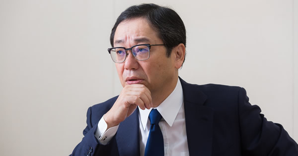 デンカ(旧電気化学工業)社長 山本 学