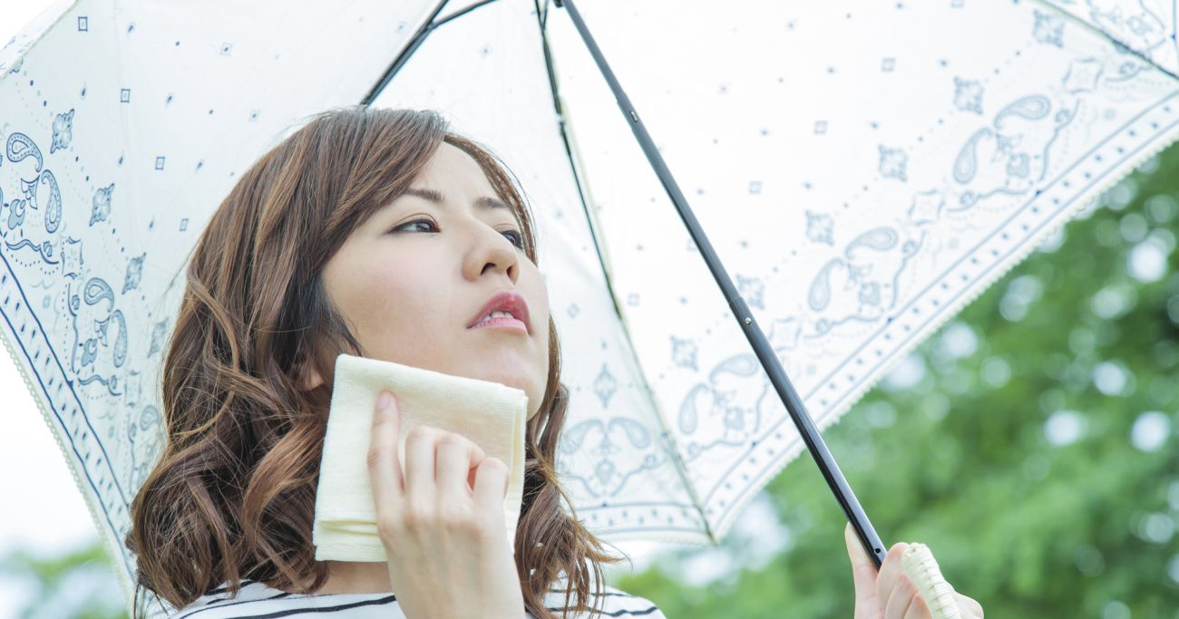 小池都知事が「かぶる日傘」よりも先にやるべきこと