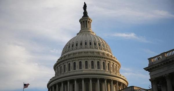米民主党、債務上限カードを税制改革交渉に利用か