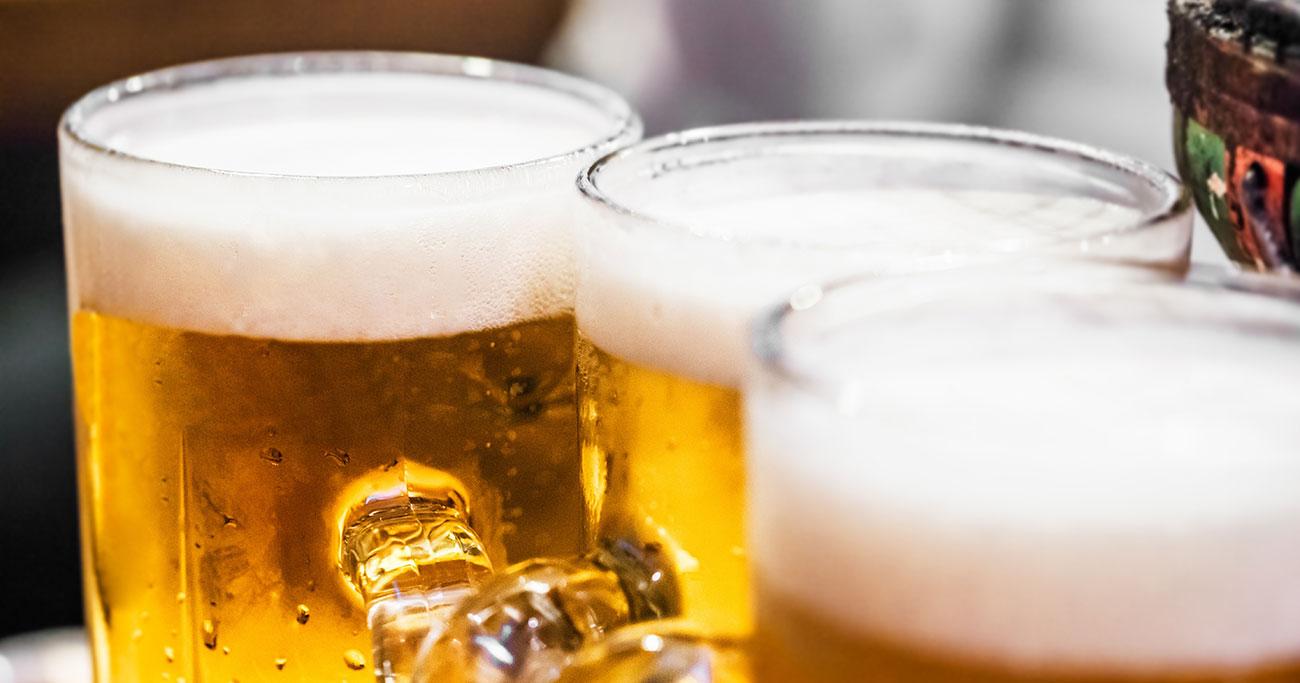 ビールジョッキにガラスの破片! クレーム対応はどうする?
