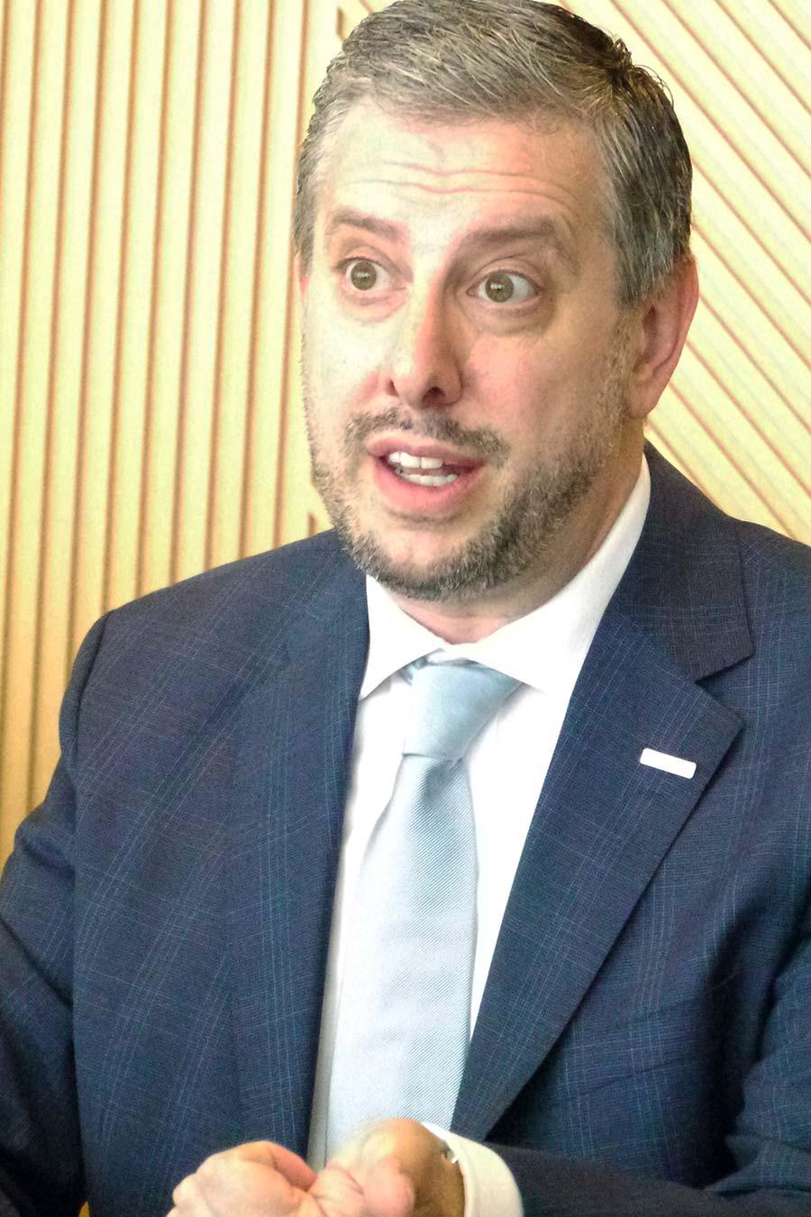 ノバルティスのオンコロジージャパン・プレジデント、ブライアン・グラッツデン氏によると、夏から国内の医