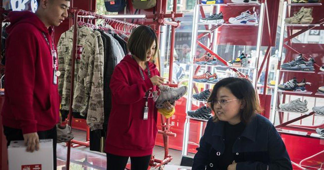 中国消費者の「米国離れ」、時代映す巨大な波に
