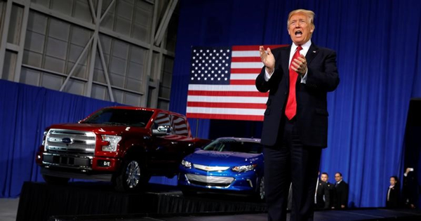 トランプ氏の燃費規制見直し、メーカー側の勝利か