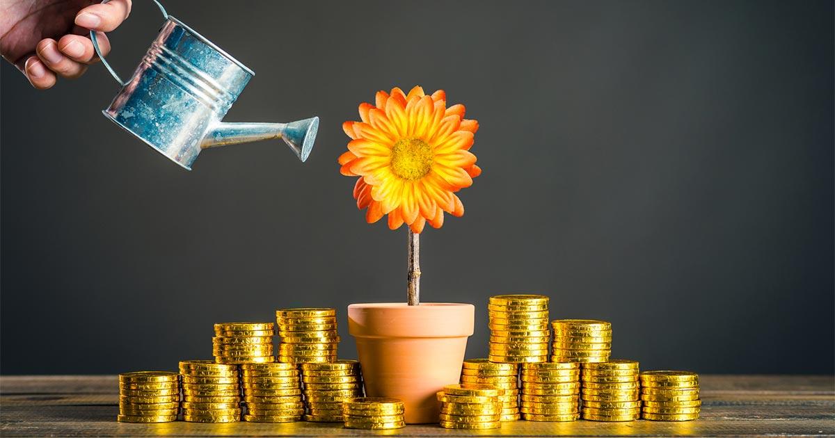 長期投資にはオススメできない!「テーマ型」「ターゲットイヤーファンド」とは?