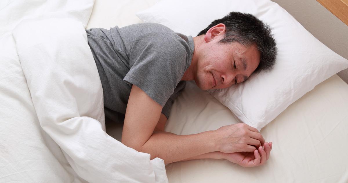 「休日の寝だめ」で睡眠不足は解消できるのか?