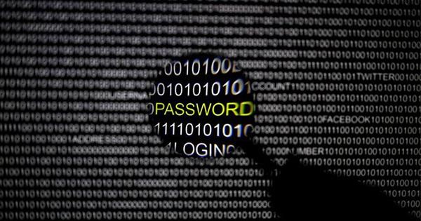 選挙控えたドイツ、サイバー攻撃や偽ニュースに戦々恐々