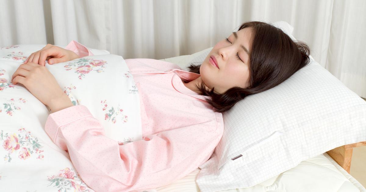 「睡眠は90分サイクル」は誤り、眠りの科学は俗説だらけ