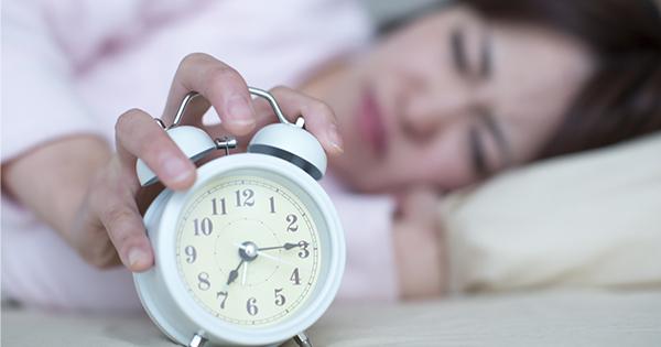 慢性的な睡眠不足の人は太りやすい