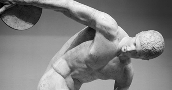 なぜ、古代の彫像は「裸」だったのか?